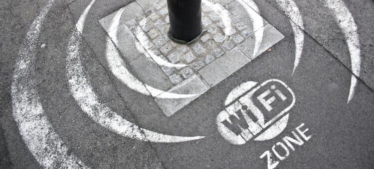 Threats public wifi